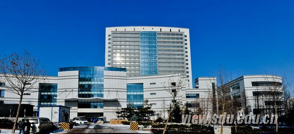 参观山东大学齐鲁医院 青岛图片